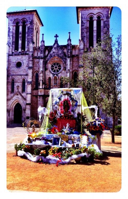 San Fernando Dia de Los Muertos shrine